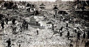 The wreckage of the Grand Hotel in Fergus Falls. 35 people died here. Credit: gendisasters.com