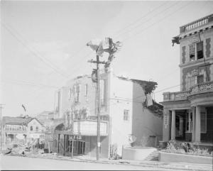 Numerous buildings in downtown Vicksburg were heavily damaged. Credit: Mississippi State Archives