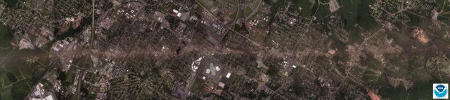A high resolution satellite image of the damage path through Tuscaloosa County. Credit: NOAA